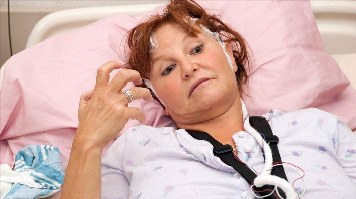 sifat penyakit stroke