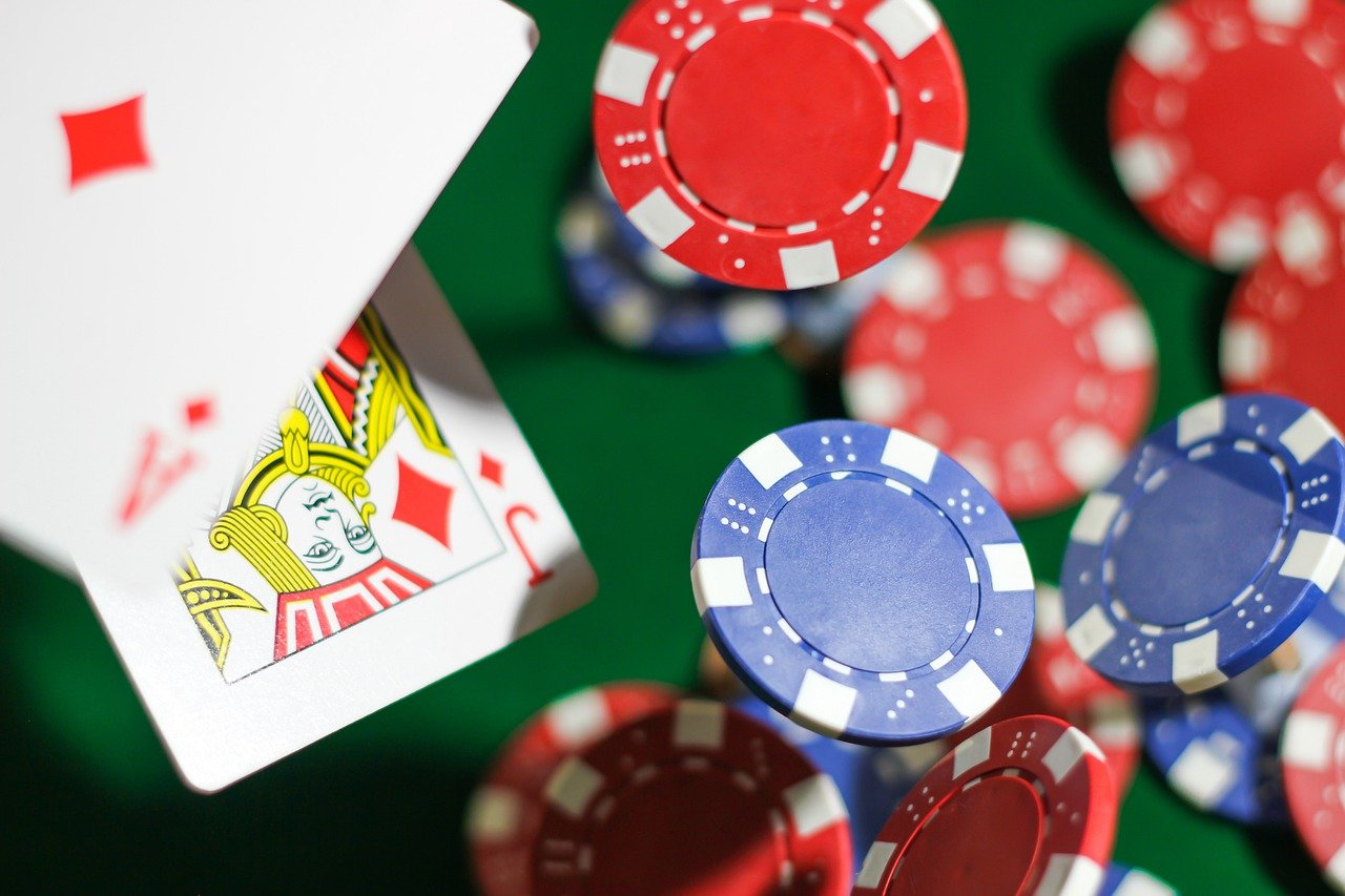How to Play Small Capital Online Roulette